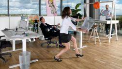Stå upp och arbeta med höj och sänkbart skrivbord
