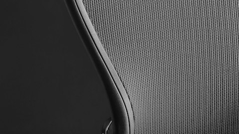 Herman-Miller-Aeron-remastered-07